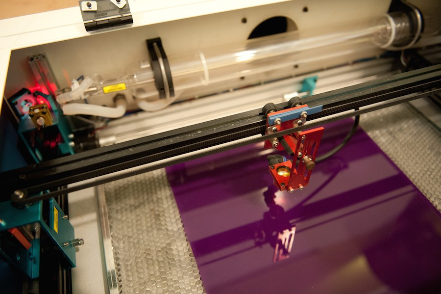 The laser cutter - CITY OF CHICAGO PHOTOGRAPHER