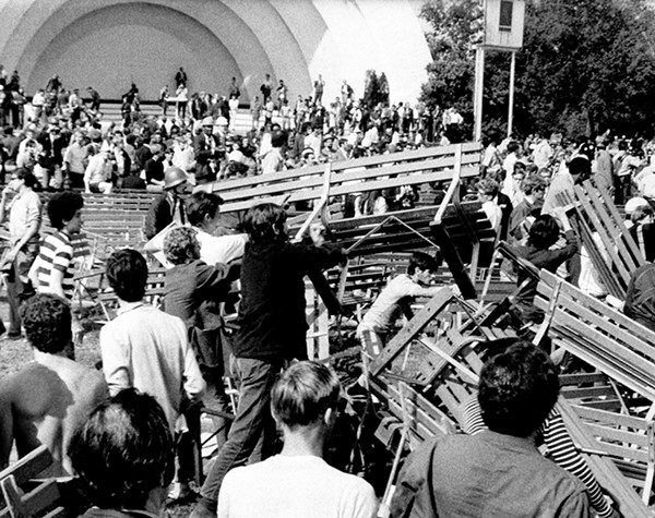 Hippies and Yippies used benches in Grant Park to construct a barricade against Chicago police and the National Guard. - AP PHOTO