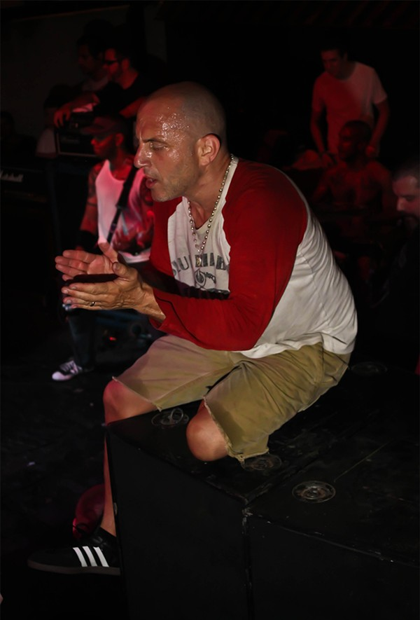 Ray Cappo fronting Youth of Today - TERRORMACHINE/FLICKR