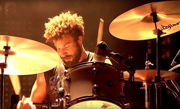 Jon Theodore with Queens of the Stone Age at the 2014 Reading Festival - VIA YOUTUBE