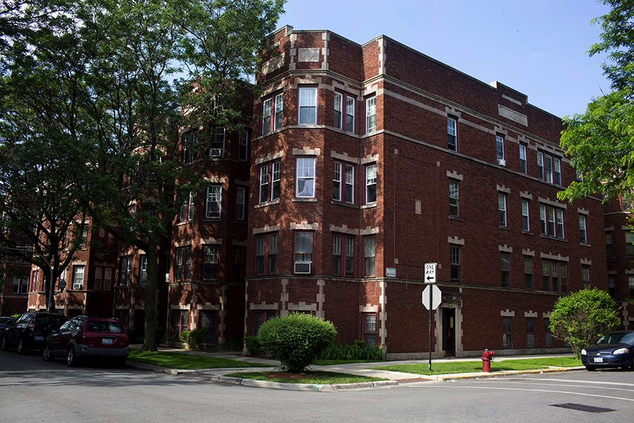 Oglesby Manor, a 21-unit co-operative apartment building in South Shore, is one of about 100 co-ops of its size left in Chicago. - KRISTEN NORMAN FOR CHICAGO READER