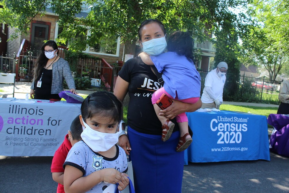 To reach people in a census tract where the count is currently at 37.8 percent, the city organized an event in South Chicago. - ALEXANDRA ARRIAGA