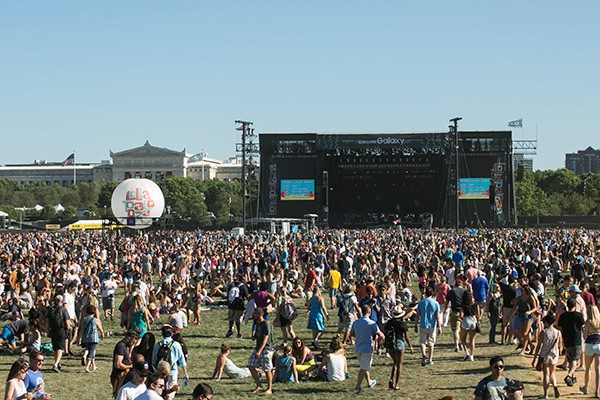 The throngs arrive on day one of last year's Lollapalooza.