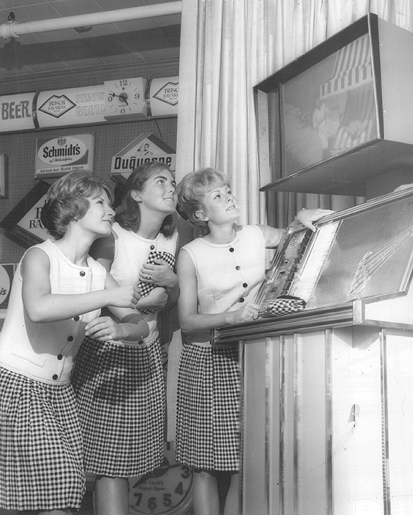 The Scopitone makes its debut in the midwest, 1964.
