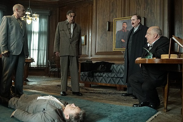 Steve Buscemi, Adrian McLoughlin, Jeffrey Tambor, Dermot Crowley, and Simon Russell Beale in The Death of Stalin.