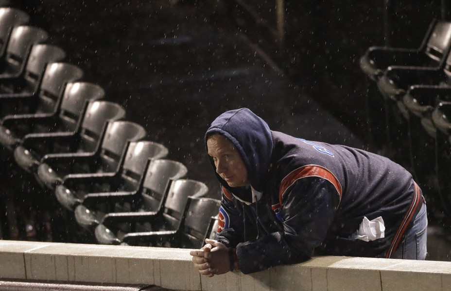 Rain fell at Wrigley Tuesday night, but that didn't ruffle the Mets, either. - (AP PHOTO/DAVID GOLDMAN)