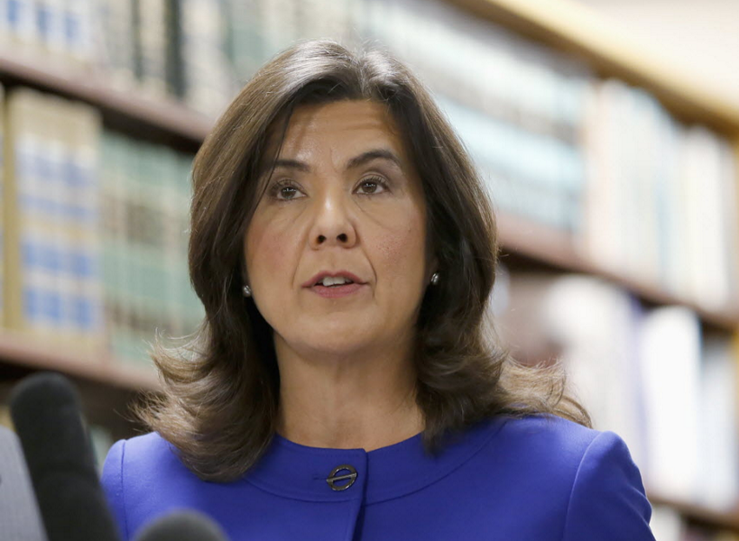 Cook County state's attorney Anita Alvarez talks to reporters after the bond hearing for Chicago police officer Jason Van Dyke, charged with the murder of 17-year-old Laquan McDonald - AP PHOTO/CHARLES REX ARBOGAST, FILE