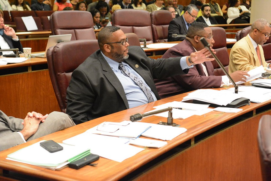 Alderman Chris Taliaferro at a City Council meeting in 2015. Taliaferro is leading the charge demanding public hearings on the dangerous lead levels discovered in the water at 14 Chicago public schools. - BRIAN JACKSON/FOR THE CHICAGO SUN-TIMES