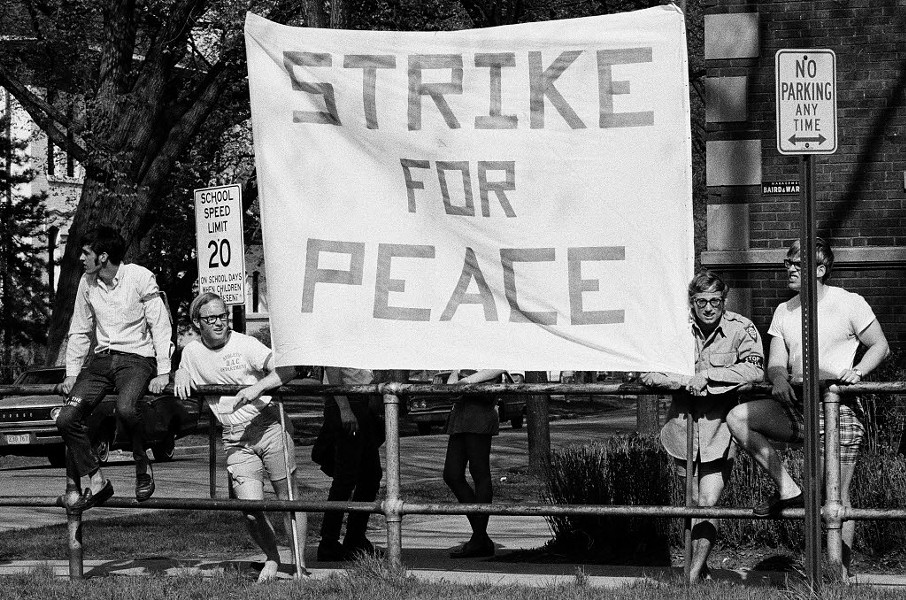 A protest at Northwestern in May, 1970 - CHICAGO SUN-TIMES