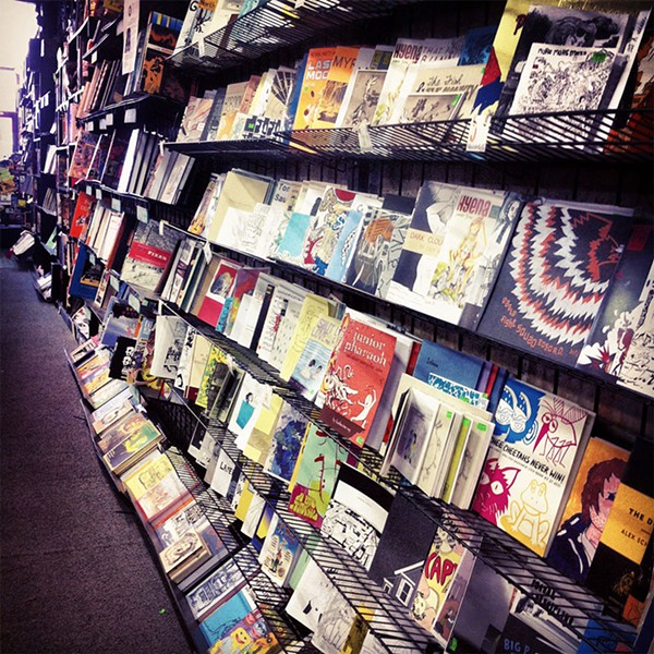 Quimby's Bookstore - PAT LOIKA/FLICKR