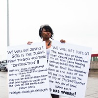 Chicago activists shut down Dan Ryan Expressway during police brutality protest Protestors shut down the Dan Ryan expressway. Sunshine Tucker