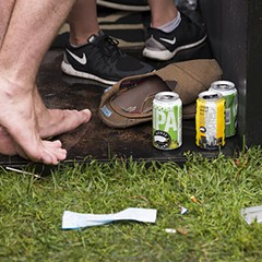 25 photos of the soggy Saturday crowd at Pitchfork Music Festival 2015