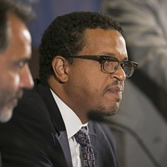 Ousted Blaine elementary principal Troy LaRaviere wants to head the principals' association.