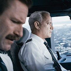 With Sully, Clint Eastwood recalls a story no one has forgotten yet