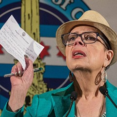 Chicago Teachers Union president Karen Lewis speaking at the City Club in April 2016