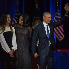 The First Family bids adieu to Chicago.