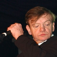 Mark E. Smith, the acerbic voice of influential Manchester postpunks the Fall, dead at 60