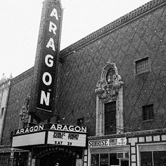 What caused the melee outside a Public Enemy and Sonic Youth show at the Aragon in 1990?