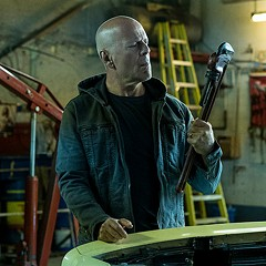 Bruce Willis plays Chicago vigilante in Death Wish, but it's the same old revenge story