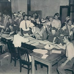 Landlords scramble to register their properties at the Chicago branch of Office of Price Administration, the federal body that oversaw nationwide price controls between 1941 and 1947.
