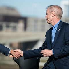 After veterans' home cover-up, is Rauner the state's most secretive schmuck?