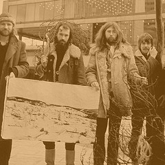 Swedish psych pioneers Träd, Gräs och Stenar show their trippy sounds are timeless on  Träden
