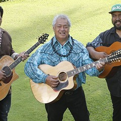 Hawaiian master guitarists bring their warm island sounds to a cold Chicago winter