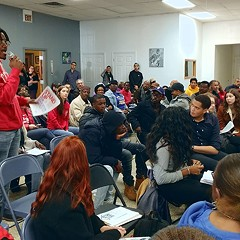 Chicago tenants continue to demand 'rent control now'