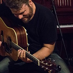 Chicago jazz guitarist Tim Stine drops an engagingly off-kilter new trio album