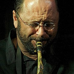 Saxophonist Hafez Modirzadeh tunes up for duets
