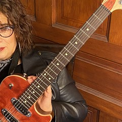 Blueswoman Joanna Connor honors beloved Chicago blues club Theresa's with 4801 South Indiana Avenue
