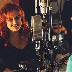 Wynonna Judd and Cactus Moser invite you to crash their party