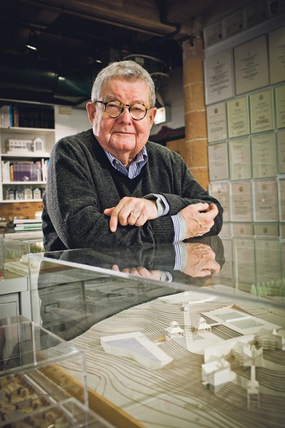 Architect Stanley Tigerman is a 2015 Fifth Star honoree.