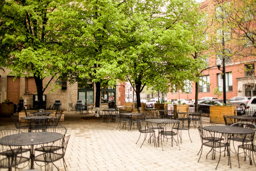 a dozen new chicago restaurants for outdoor dining