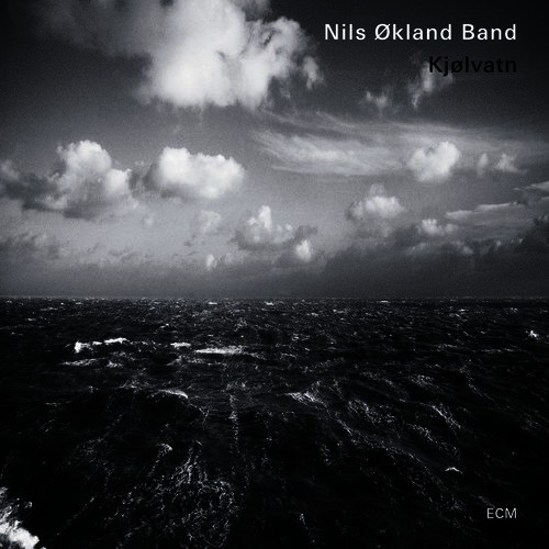 The cover of the Nils Økland Band album Kjølvatn