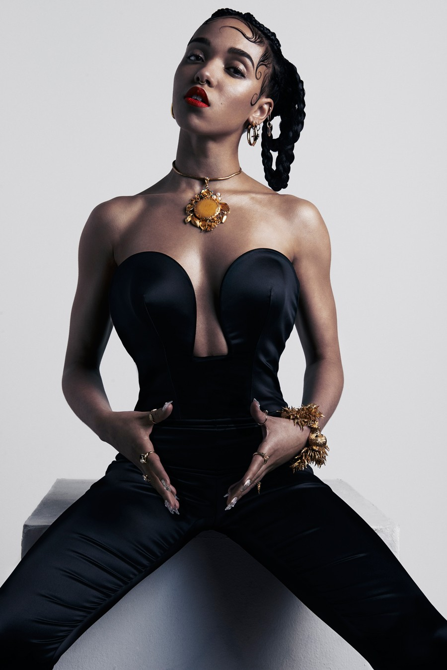FKA Twigs - DOMINIC SHELDON