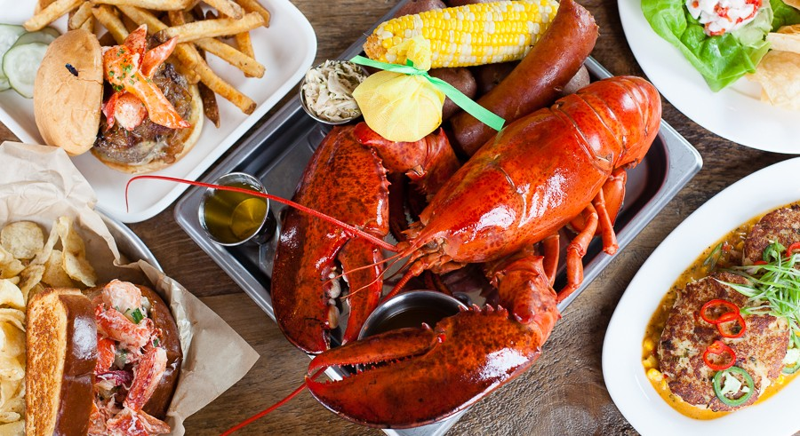 Put on a bib and chow down at the Rockin' Lobster Bash on Wed 8/31. - DANIELLE A. SCRUGGS