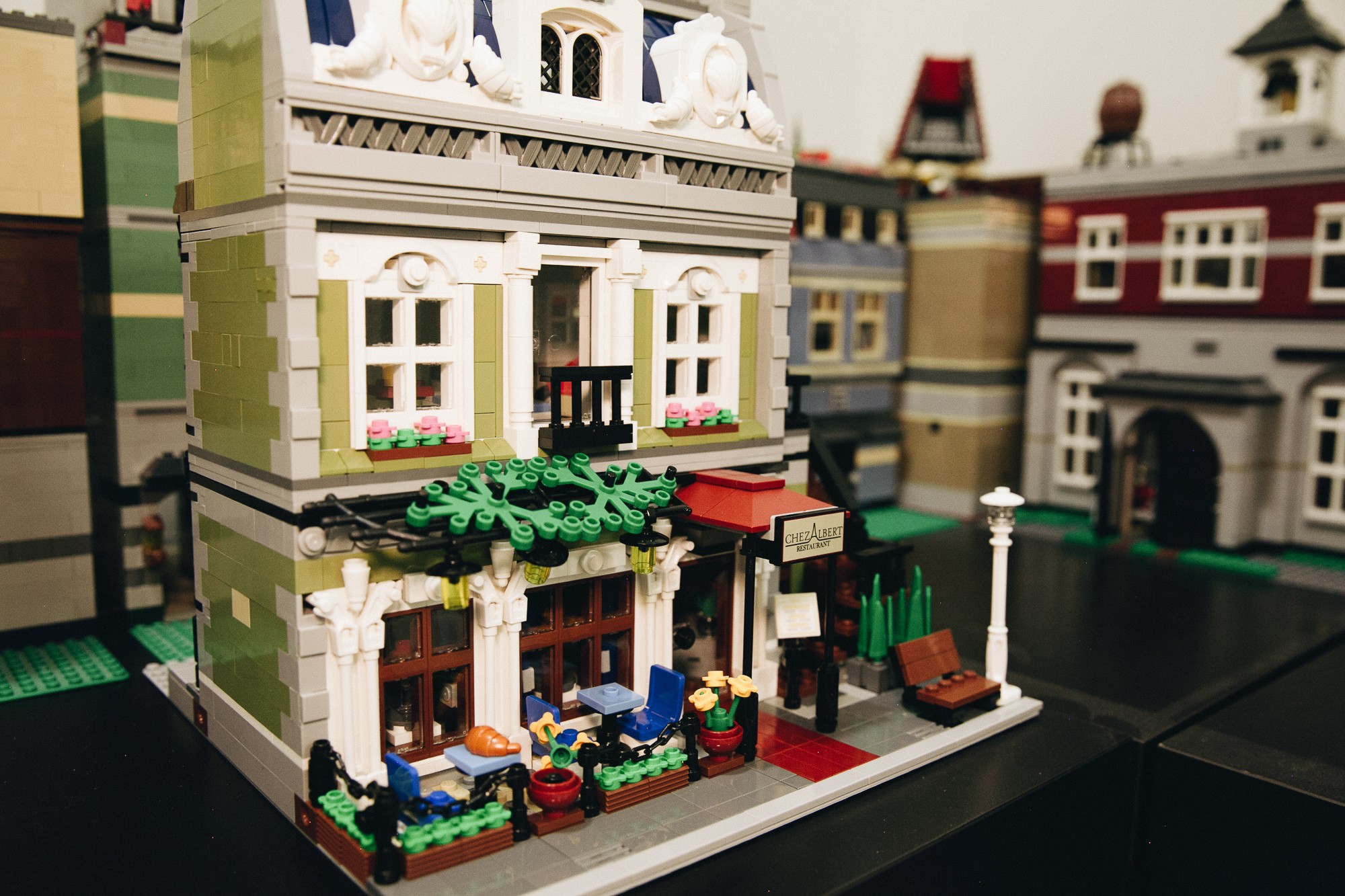 This lego collector s house is a world of stackable for Lego house original