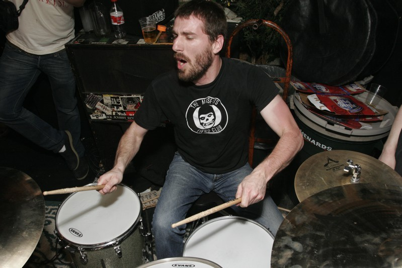 Jason Gagovski plays with Sweet Cobra at the Mutiny in 2006. - NERVOUS JAY