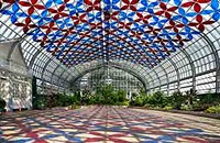A yearlong exhibition at the Garfield Park Conservatory changes with the seasons