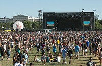Let the Lollapalooza lineup predictions begin