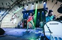 Deerhoof's dynamic new collaborations include an album with Chicago's Ensemble dal Niente