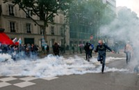 What Chicago could learn from Paris's massive labor protests