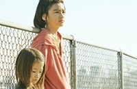 In <i>Shoplifters</i>, the sharpest insights are blurred by sentimentality