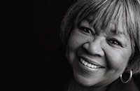 Mavis Staples drops a benefit single to help Chicago seniors survive the pandemic