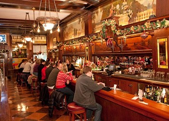 Where to eat and drink near Lollapalooza and Grant Park