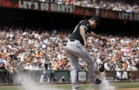 Robin Ventura gets mad