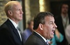 With Chris Christie at his side, Bruce Rauner blames Governor Quinn for corruption and crime