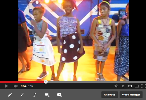 All the pretty ladies after their moment of glory <em>(video)</em>.