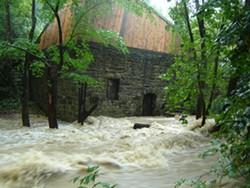 abc8e0b3_pt_flood_2011_011.jpg